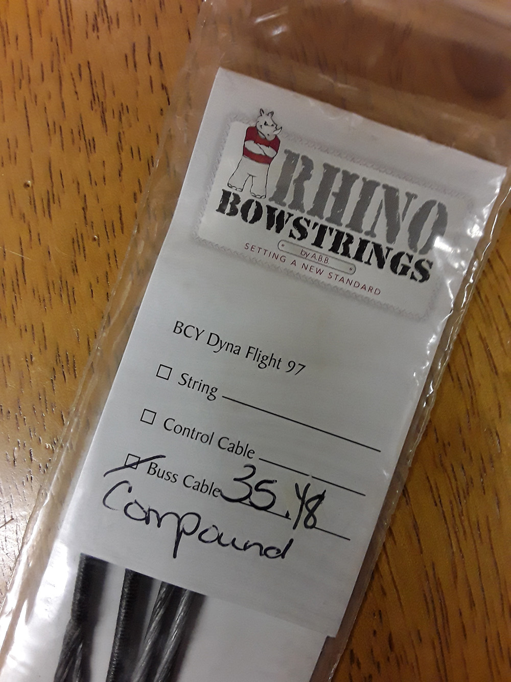 compound bow replacement string photo 1